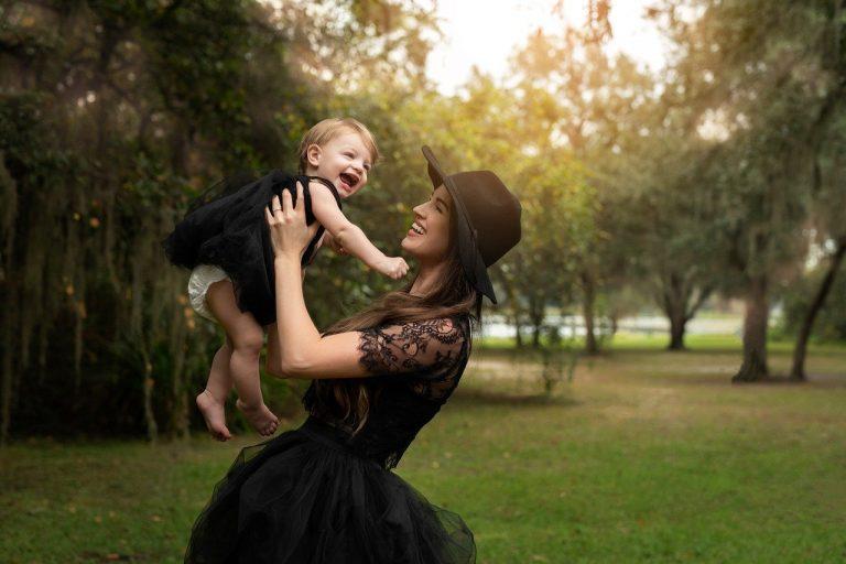 mother, daughter, black dresses-6195216.jpg